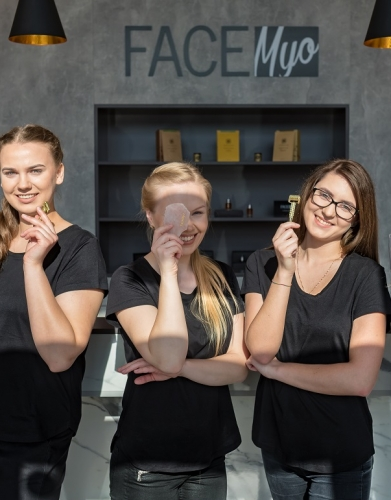 FaceMyo komanda